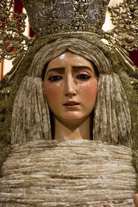 hermanastra Virgen